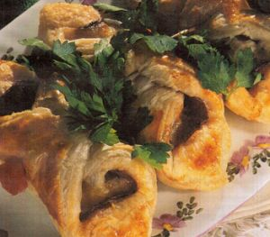 Sucuklu Milföy Böreği
