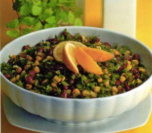Soslu Mısırlı Salata