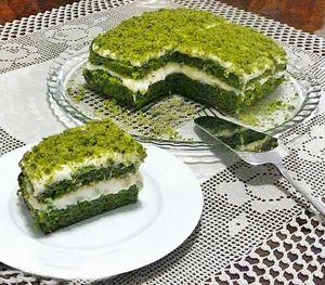 Nur Saylan Ispanaklı Pasta