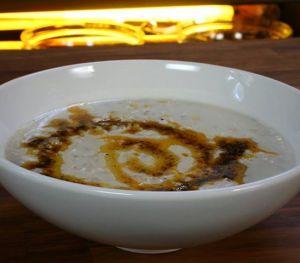 Tavuk Etli  Buğday Çorbası