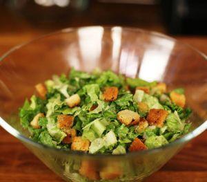 Yemyeşil Salata