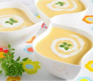 Labneli Pırasa Çorbası