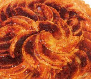 Marmelatlı Elmalı Tart