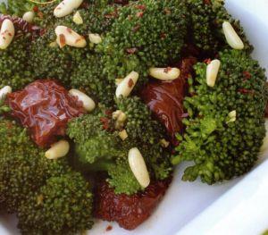 Çam Fıstıklı Brokoli